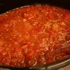 Tomato Recipes Home Made Marinara Sauce with Fresh Tomatoes - giving this a try today - This recipe for home made marinara sauce beats any bottled sauce hands down. It is made with freshly roasted tomatoes for a full bodied flavor that is amazing. Spagetti Sauce, Spaghetti, Homemade Marinara, Homemade Sauce, Homade Pasta Sauce, Homemade Pasta, Parmesan Meatloaf, Homemade Pickles, Roasted Tomatoes