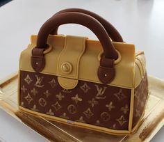 STEP BY STEP Louis Vuitton purse Cake