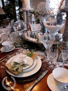 Winter White Table Scape ~ Jill McCall Feathers and Flight