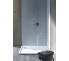 Wellness in your own bathroom with quality bathroom furniture and modern sanitary ware from Duravit. Duravit is a leading European and German sanitary ware brand In India. Modern Luxury Bathroom, Shower Tub, Shower Fixtures, Bathroom Furniture Design, Shower Tray, Bathroom, Duravit, Bathroom Redo, Bathroom Inspiration