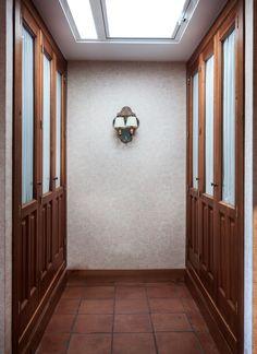 fotografía de arquitectura / césar gª guerra / www.arkinotectura.com Door Handles, Doors, Furniture, Home Decor, War, Decoration Home, Room Decor, Door Knobs, Home Furniture