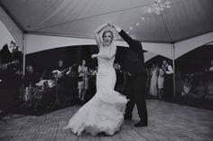 Bride in @watterswtoo Aleeza gown.