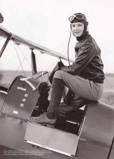 Aviator -Amelia