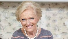 10 Midweek Family Meal Recipes from Mary Berry - The Happy Foodie Midweek Meals, Healthy Family Meals, Easy Meals, Mary Berry Fish Cakes, Mary Berry Meatballs, Marry Berry Recipes, Benefits Of Berries, Meal Recipes, Bbc Recipes