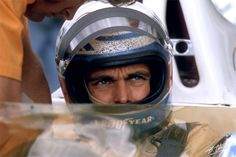 Peter Revson @ Cahier Archive