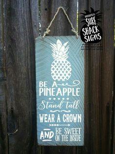 Diy pineapple decor/ Sign