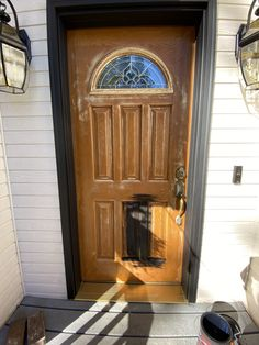 How to Paint A Front Door Full Tutorial Inlcuding How to Strip and Prepare Fromt Doors, Stripping Paint, Easy Fall Wreaths, Front Porch Design, Painted Front Doors, Vintage Doors, Cork Flooring, Door Trims, Sconce Lighting