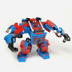 Lego MOC- SpideyBot. Sometimes spiderman needs a bigger suit to fight larger…