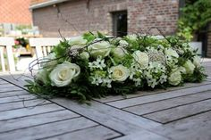 Too rustic for the Viennese Ballroom, but I like the white and green flowers. Top Table Flowers, Wedding Table Flowers, Funeral Flower Arrangements, Funeral Flowers, Deco Floral, Arte Floral, Floral Centerpieces, Wedding Centerpieces, Fleur Design