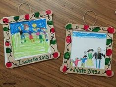 Family ornament picture frames with holiday light fingerprint border. Makes a great ornament gift for your students to give their families as a gift.