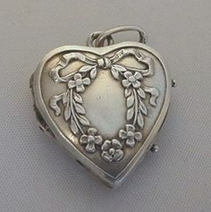 Antique Silver French Heart Locket Charm Forget Me Not Wreath...