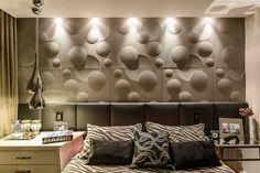 Eclypse Chumbo - Arquiteta Alessandra Voitena - Foto:  Rogério Cajui         #quarto #quartos #aconchego #room #bedroom #habitácion #castelatto #castelato #castellato #revestimento #design #arquitetura #parede #decor #decoração #sofisticacao #wall #piso #textura #inovacao #floor