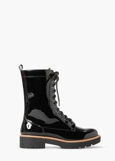 Lace-up patent leather-effect ankle boots | MANGO