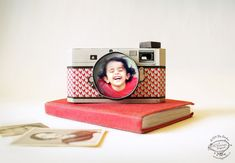 This original FREE Printable DIY Paper Camera Photo Frame is all yours to download. One of a kind fold-able printable. Designed by SkyGoodies.