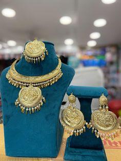 Bridal Jewelry, Gold Jewelry, Jewelry Bracelets, Jewelery, Gold Necklace, Embroidery Suits Punjabi, South Indian Jewellery, Oxidised Jewellery, Temple Jewellery