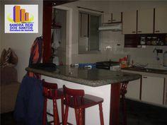 Vendo, apartamento  na Vila Belmiro em Santos-SP OPORTUNIDADE!!! LINDO APARTAMENTO DE 1 DORMITÓRIO COM GARAGEM E LAZER EM SANTOS!!!  EXCELENTE apto de 1 dormitório,sala para 2 ambientes,  cozinha americana, banheiro social e  área de serviço boa, todo piso frio, massa corrida, janelas de alumínio, azulejo até o teto,pia, gabinete, box blindex, 2 entradas social e serviço,  2 elevadores, 1 andar, portaria 24 horas, lazer piscina, churrasqueira, playground, já tem a instalação de ar…