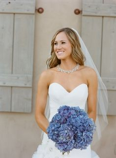 Blue hydrangea bouquet | photography by http://www.carriepattersonphotography.com/