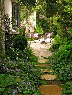 Garden Stones, Garden Paths, Rustic Gardens, Outdoor Gardens, Indoor Gardening, Organic Gardening, Container Gardening, Gardening Tips, Gardening Supplies