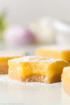 These are my best lemon bars featuring an easy shortbread crust and thick lemon curd filling. Granola, Dessert Cake Recipes, Dessert Bars, Lemon Desserts, Sweets Recipes, 21 Day Fix, Sin Gluten, Gluten Free, Nutella