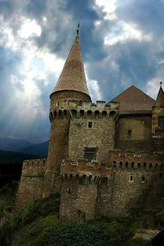 Dracula Castle In Transylvania   Wonderful Castles In The World