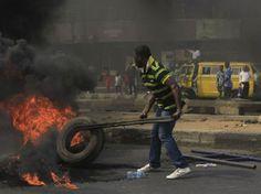Estado de Nigeria decreto toque de queda de 24 horas - http://www.notimundo.com.mx/mundo/estado-de-nigeria/