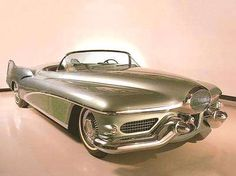 1950's Buick concept car ........ really ugly!
