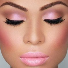 STUNNING Pink Makeup. - Click image to find more  Pinterest pins