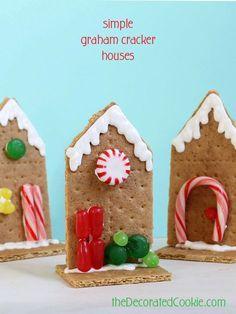 Sanity-saving graham cracker houses for Christmas! Easy for kids to decorate.