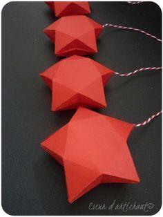 Etoile 3D, boite en papier rouge. Tutoriel Coeur d'artichaut©