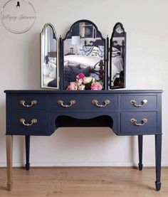 Navy Blue Dressing Table With Triple Mirror Source by capella table ideas Blue Dressing Tables, Vintage Dressing Tables, Coffee Desk, Dressing Room Design, Dressing Rooms, Ideias Diy, Spare Room, Wood Table, Dining Table