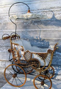 Antique Victorian Wicker Baby Doll buggy