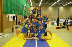 The men's gymnastics team celebrate 3rd place at the German University Championships.