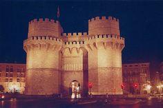 Torres de Serranos, València - Revista CheCheChe