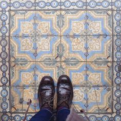 Collecting new tiles #lecarrelagedepaule #ihavethisthingwithfloors #bruxelles #brussels #bxl #tileaddiction #tiles #fromwhereistand #explore #heschung #liveauthentic #fujifilmx30 #fujix30 by paule_henriette