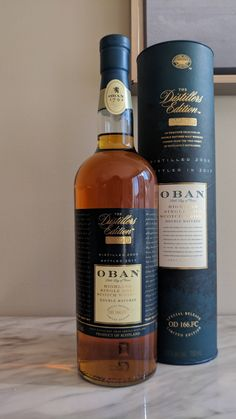 Oban The Distillers Edition Whiskey Girl, Good Whiskey, Cigars And Whiskey, Scotch Whiskey, Irish Whiskey, Peach Drinks, Fun Drinks, Alcoholic Drinks, The Distillers