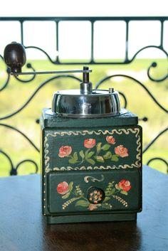 Antique coffee grinder painted in romantic pattern door HomiArticles