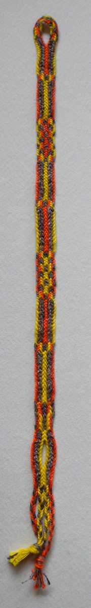 10-loop double braid, fingerloop braiding  I'm completely fascinated by this site. Awesome tutorials.