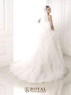 板橋蘿亞手工婚紗 Royal handmade wedding dress 婚紗攝影 購買婚紗 單租婚紗 西班牙 Pronovias BELIA