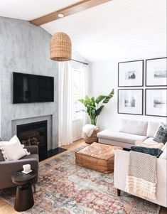 Below are the Living Room Design Ideas On Minimalist Homes. This post about Living Room Design Ideas On Minimalist Homes was posted under the Furniture category by our team at May 2019 at pm. Hope you enjoy it . Living Room Modern, My Living Room, Living Room Decor, Living Spaces, Child Friendly Living Room, Cozy Living, Small Living, Family Room Design, Family Rooms