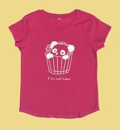 "Camiseta ""I´m not here"" de Smartyfun @osopanda #fucsia #rosa #pink #panda #camiseta #tshirt"