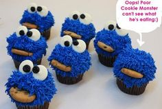 Complete Deelite: Cookie Monster Cupcakes!