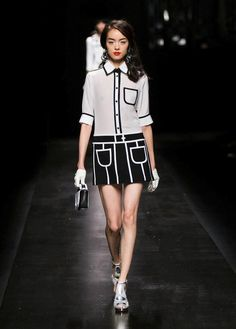 Space and lines: Moschino Spring/Summer 2013!