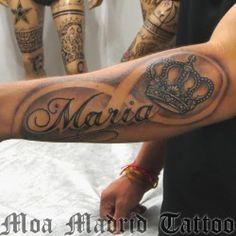 Tatuaje nombre, coroba e infinito
