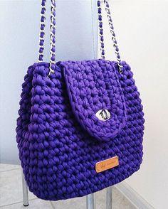 Новая модель сумочки В наличии По вопросам приобретения пишите в DIRECT #instaвязание #вязанныесумкu #ручнаяработа #handmade #вязание #вязаниекрючком #стиль #style #мода #fashion #пряжалента #пряжаспагетти