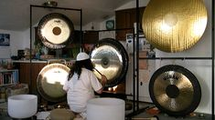 Singing Bowl & Gong Sound Healing Meditation (Plug in your subwoofers!)