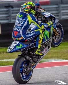 """16.5k Likes, 15 Comments - ◐ VALEYELLOW46FANPAGE ◑ (@valeyellow46fanpage) on Instagram: """"AUSTIN next @valeyellow46 #Repost from @cota_official"""""""