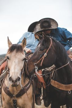New Mexico Ranch Engagement Photography- Cowboy Horse Couple Western Rustic Country Couple Pictures, Cute Country Couples, Pictures With Horses, Cute N Country, Cute Couple Pictures, Cute Couples Goals, Country Boys, Country Prom, Couple Pics