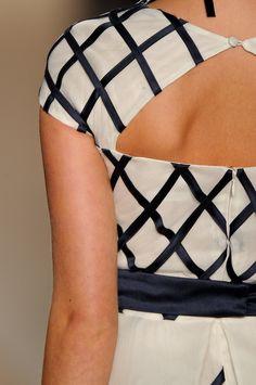 Detalhes // Acquastudio por Esther Bauman, SPFW, Verão 2014 RTW // Foto 34 // Desfiles // FFW Studio, Women, Fashion, Spring, Moda, Fashion Styles, Studios, Fashion Illustrations, Woman