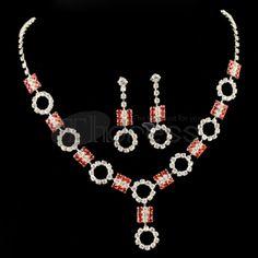 The luxury Women Rhinestone Necklace Set