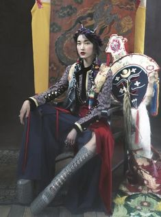 http://www.asiatorialist.com/blog-1/2016/10/5/whisper-of-tibet-du-juan-lensed-by-yin-chao-for-harpers-bazaar-china-oct-2016